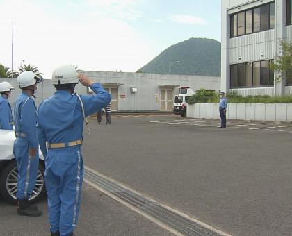 香川県警が空と陸から「あおり運転」の集中取り締まり